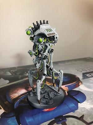 Necron Canoptek Reanimator in white