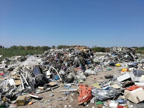 Львівське сміття виявили у Борисполі