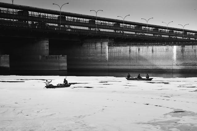 Water Pollution in Hindi Essay | Essay on Water Pollution in Hindi, Reasons aur parinam