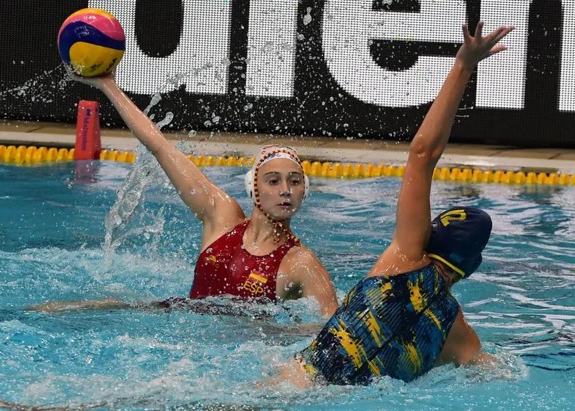 Espanha jogando na Liga Mundial de polo aquático feminino 2021
