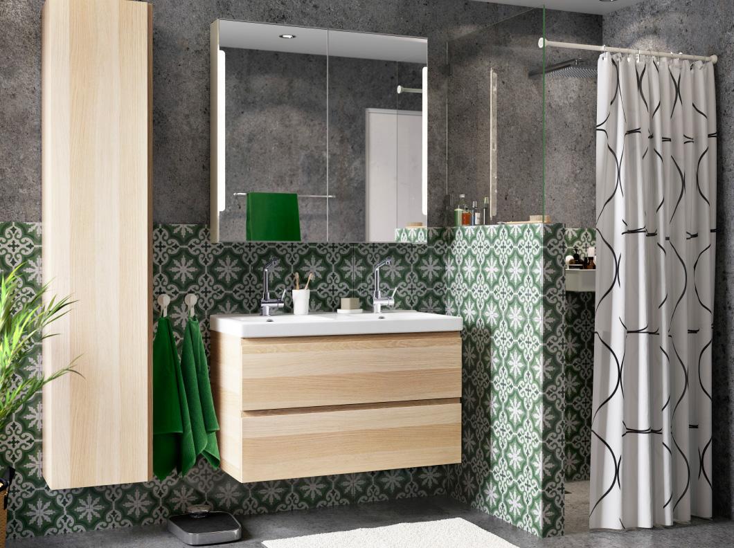 Especial banheiros 2016: os com chuveiro Casinha colorida #886C44 1060x792 Banheiro Com Hidro E Chuveiro