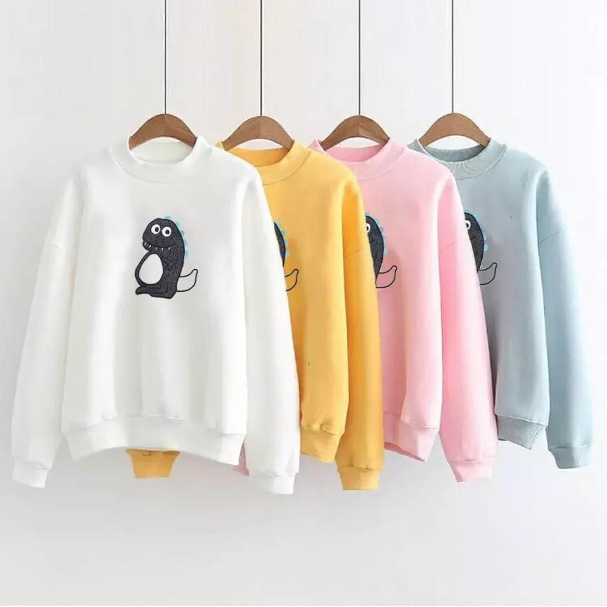 Baju Sweater Putih