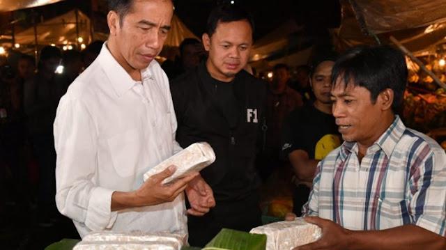Sindir Sandiaga, PDIP: Jokowi Beli Tempe Setebal Balok kok