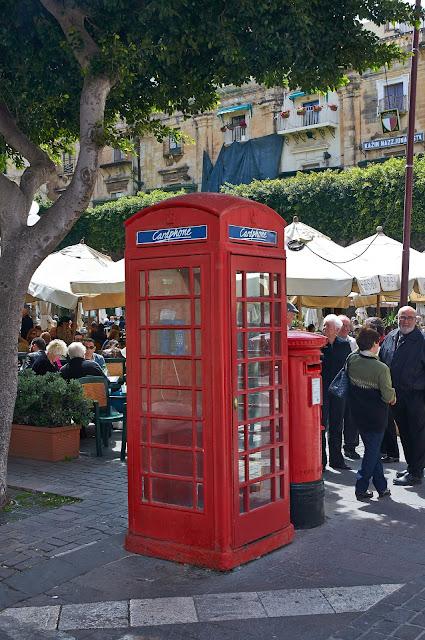 Czerwone budki telefoniczne na Malcie, gdzie spotkać?