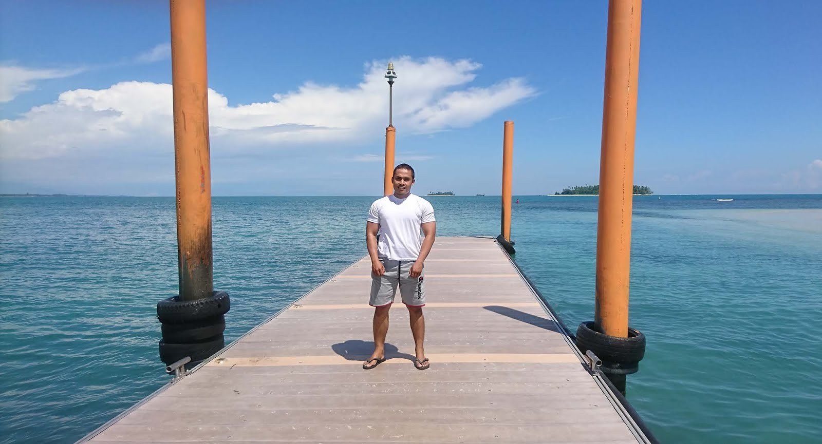 Banana Boat di Pulau Angso Duo,  pantai Gandoriah, pariaman, sumatera barat, sumbar, pantai di sumbar