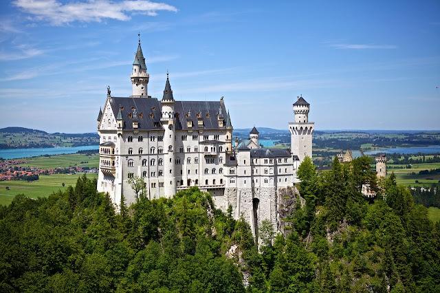 أجمل صور القلاع والغابات