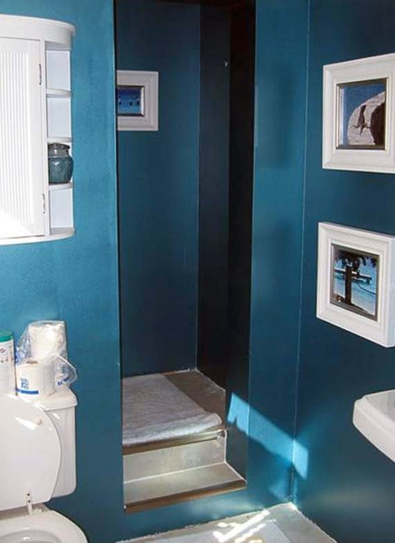 Cheap bathroom remodel ideas for small bathrooms for Cheap bathroom decorating ideas for small bathrooms