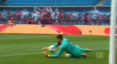 Video RB Leipzig 2-2 Hertha Berlin: Cú sốc đầu trận, kết thúc hụt hẫng
