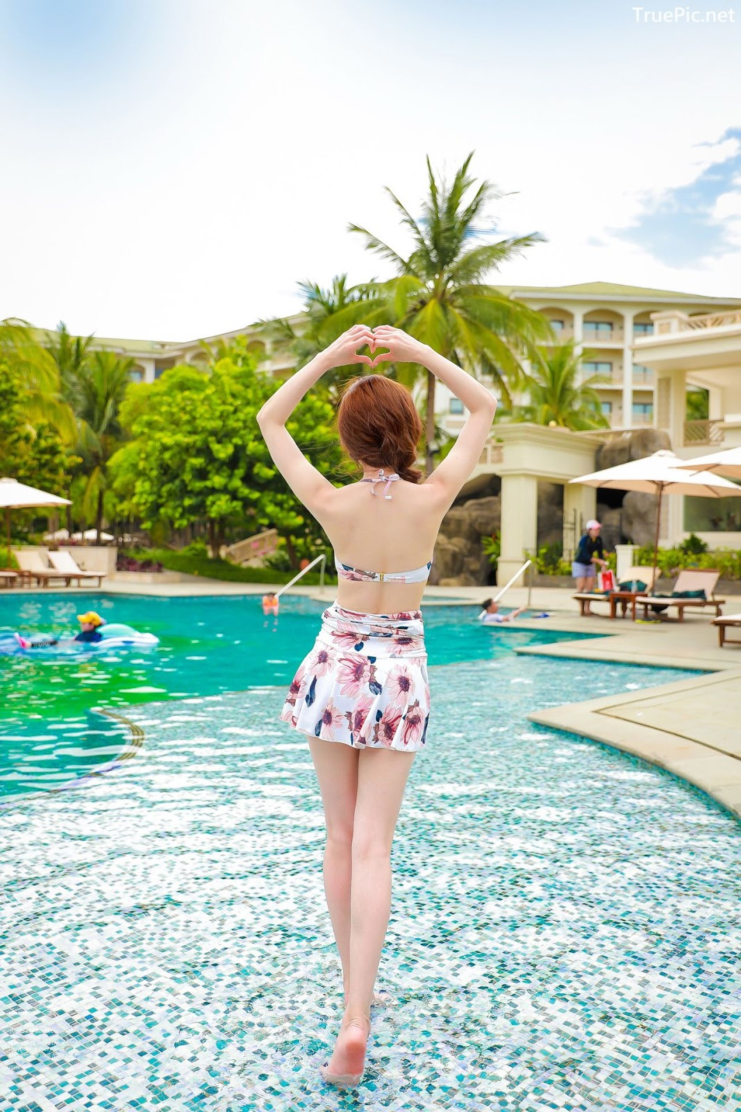 Image Korean Fashion Model - Kim Hee Jeong - Pink Fantasy Flamingo Swimsuit - TruePic.net - Picture-4