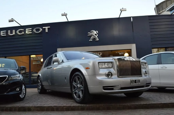 Rolls-Royce Phantom Ricardo Fort