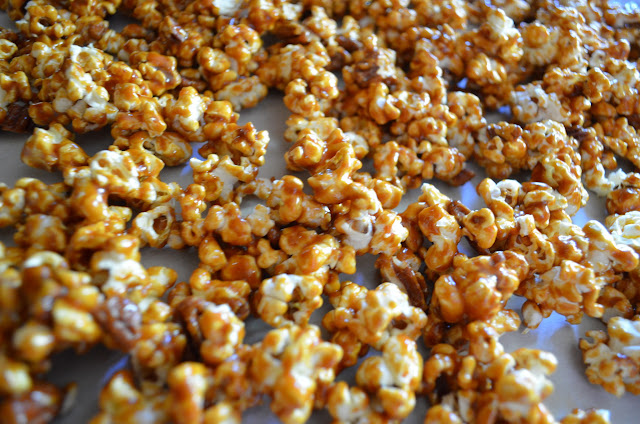 Caramel-Corn-From-Scratch-Cool.jpg