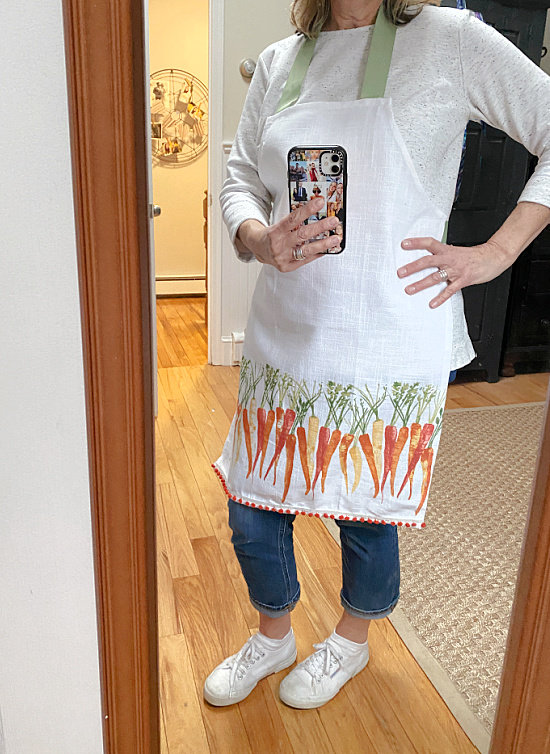 diy carrot apron