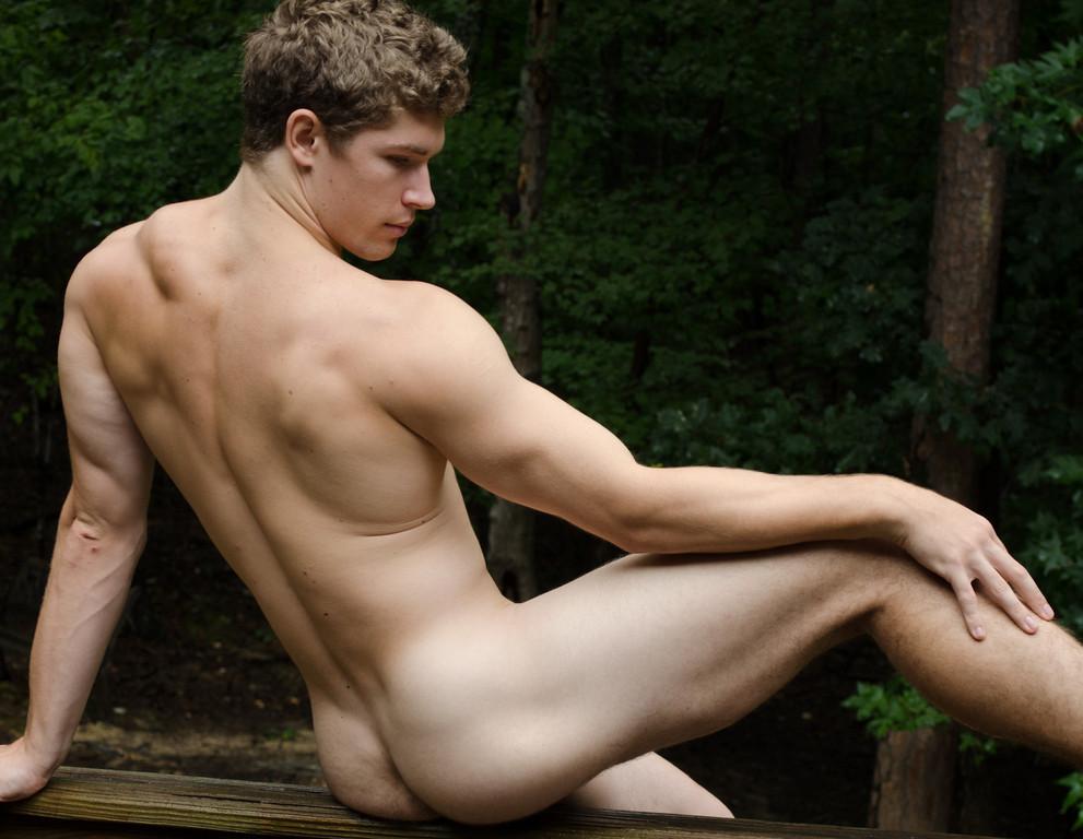 Non-gay nude pics