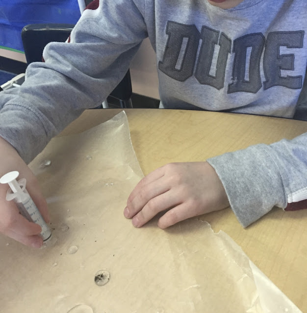 kindergarten experiment to learn how snowflakes are made