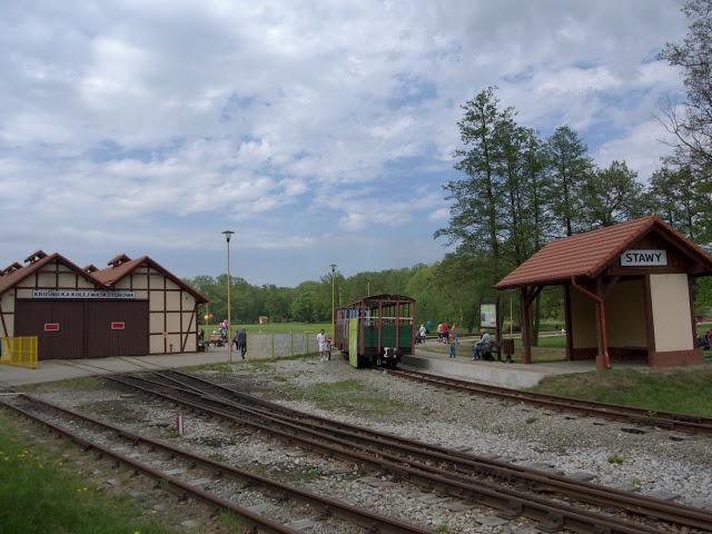 stacja stawy Kolejka Krośnice