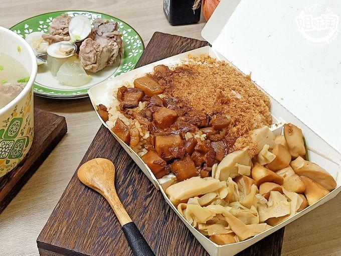 三民區小吃推薦-鄭氏米糕