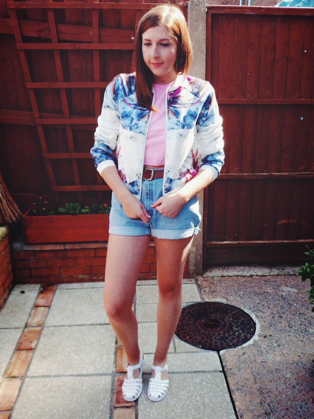 asseenonme, wiw, whatimwearing, missguided, bomberjacket, asos, fbloggers, fblogger, whatibought, levishorts, momshorts, ebay, jellyshoes, newlook, summer, ootd, outfitoftheday