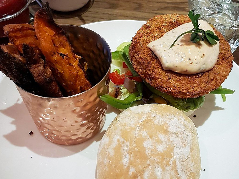 vegan burger Liberty Grill Cork