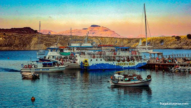 Enseada de Mégalos Gialós, ponto de chegada dos passeios de barco à vila de Lindos, Ilha de Rodes
