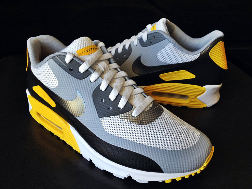 best service 637b7 d8746 AIR MAX 90 HYPERFUSE LAF LIVESTRONG