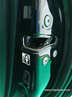 Fungsi child lock safety pada mobil