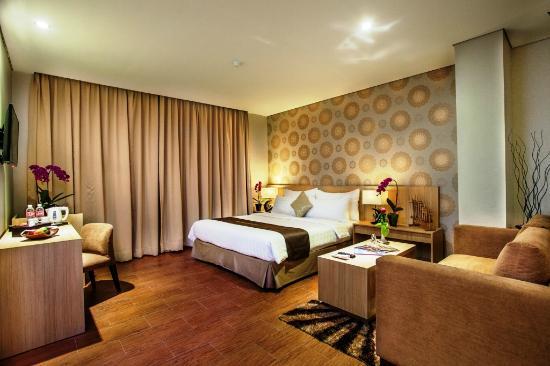 Kemegahan Padjajaran Suites Resort Convention Hotel
