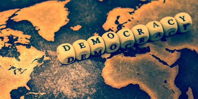 Ο μισός πληθυσμός της Γης πιστεύει ότι η χώρα όπου ζει δεν είναι δημοκρατική