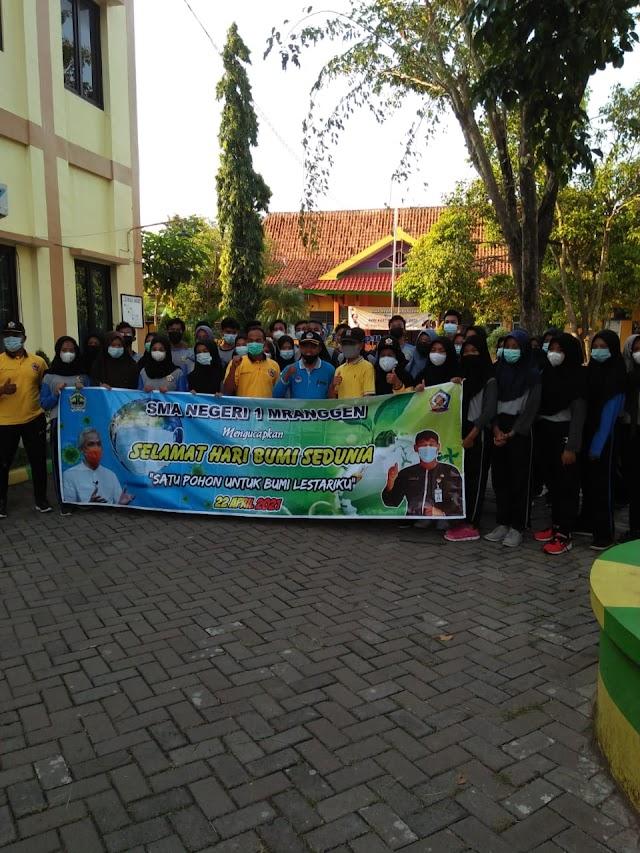 SMA N 1 Mranggen Gandeng PPDI Demak Peringati Hari Bumi se-Dunia 2021