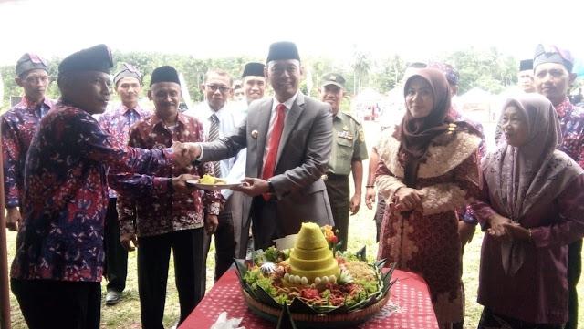 Bupati Tebo H. Sukandar, S. Kom, M. SI Hadiri HUT Desa Pulung Rejo ke-40