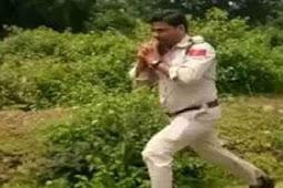 Bak Film, Polisi India Lari Bawa Bom untuk Selamatkan 400 Murid