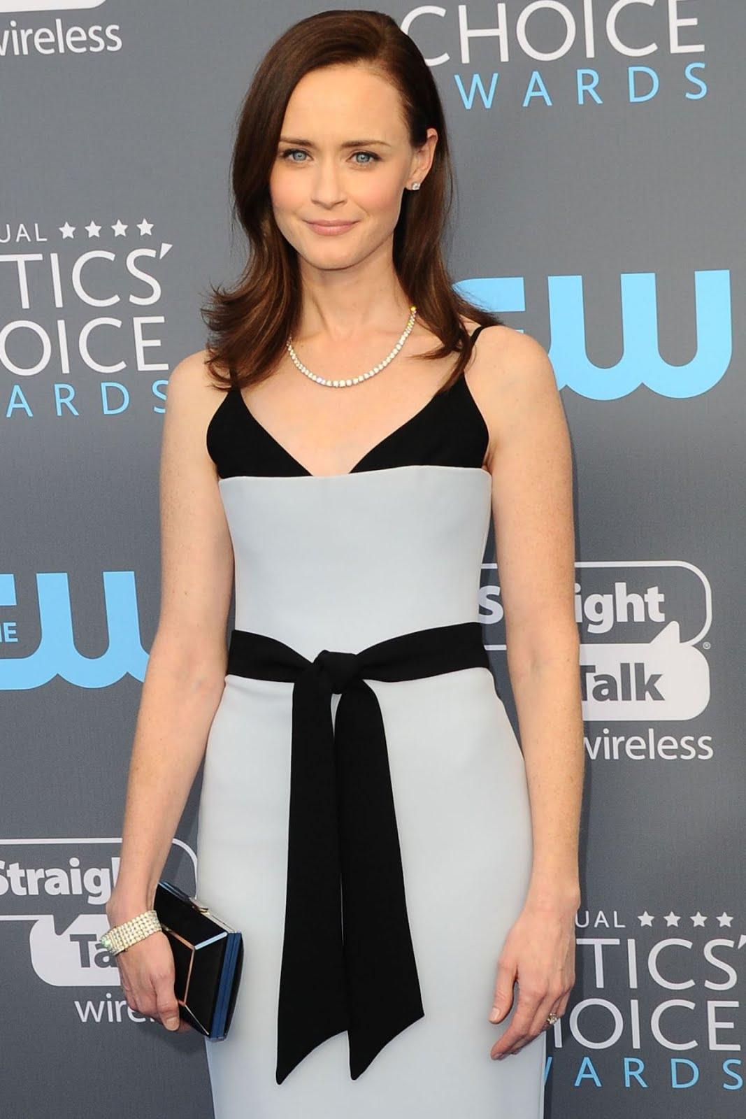 Alexis Bledel At 2018 critics Choice Awards In Santa Monica
