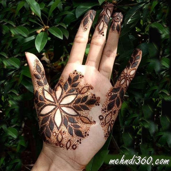 Arabic Beautiful Mehndi Design Front