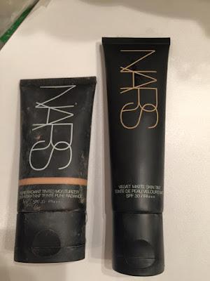 Crème Teintée Velvet Matte Skin Tint NARS