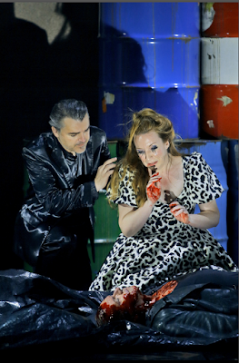 Stefan Vinke (Siegfried), Markus Eiche (Gunther), Allison Oakes (Gutrune) - Wagner: Götterdämmerung - Bayreuth Festival (©Bayreuther Festspiele / Enrico Nawrath)