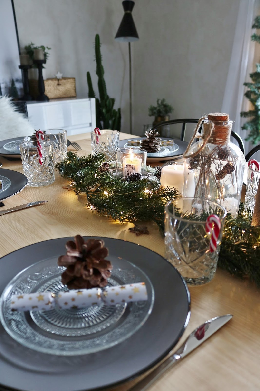 ma table pour les f tes th me bois et sapin pauline dress blog mode lifestyle et d co. Black Bedroom Furniture Sets. Home Design Ideas
