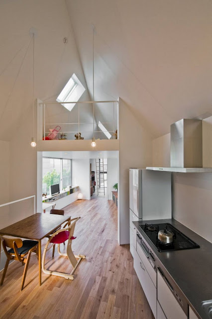 This house may look narrow on the outside. But you'll surely be amazed with what's inside!