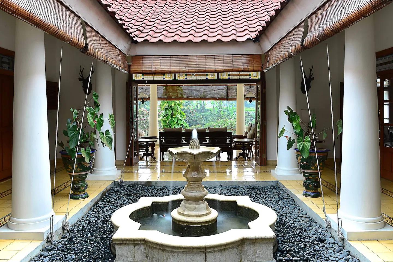 airbnb villa di puncak bogor