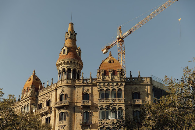 tradional archiecture in barcelona