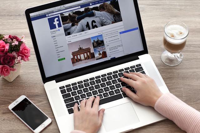 ميزة الدردشة في الفيس بوك لجظب العملاء