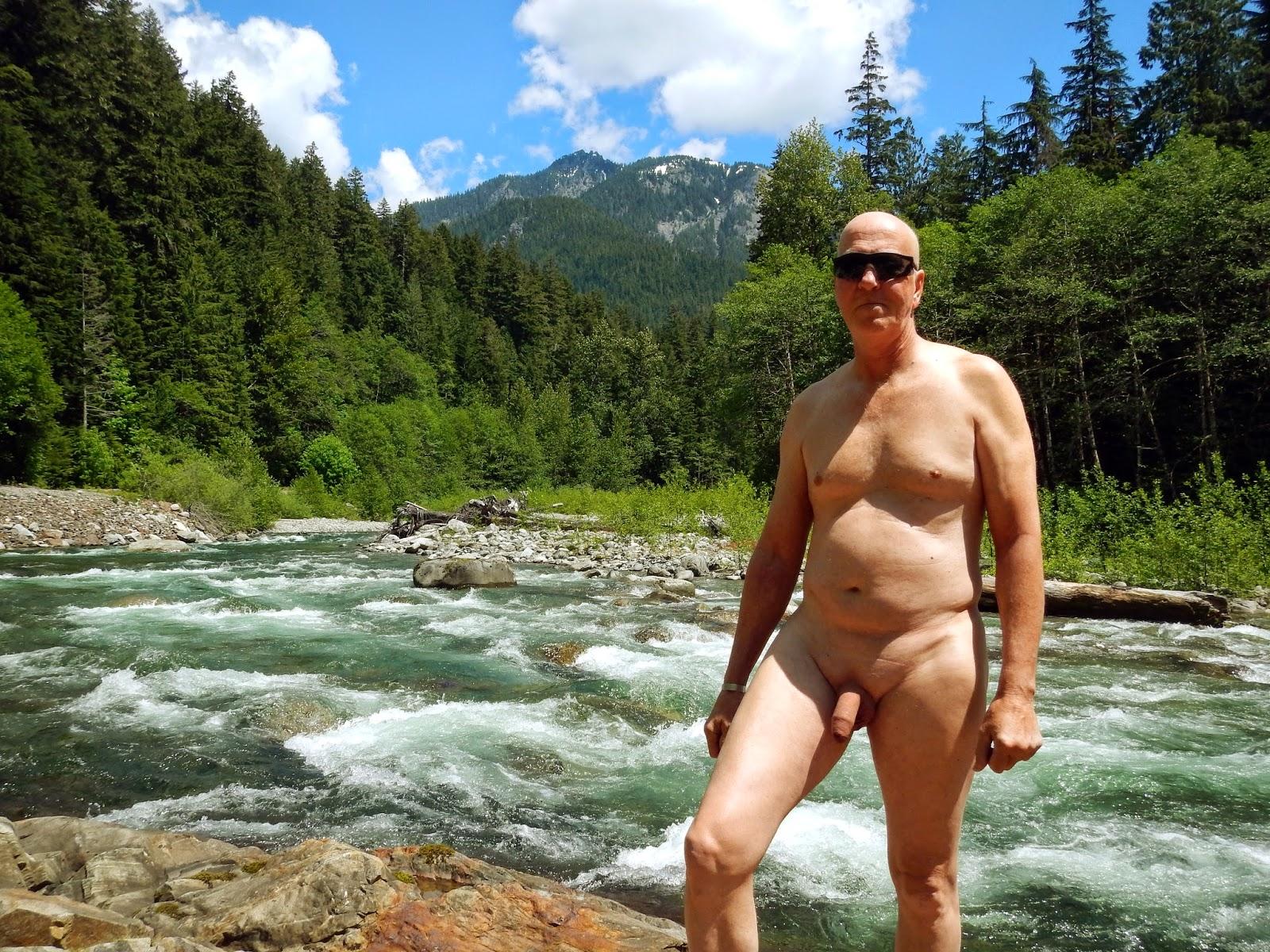 Hike Nude 119