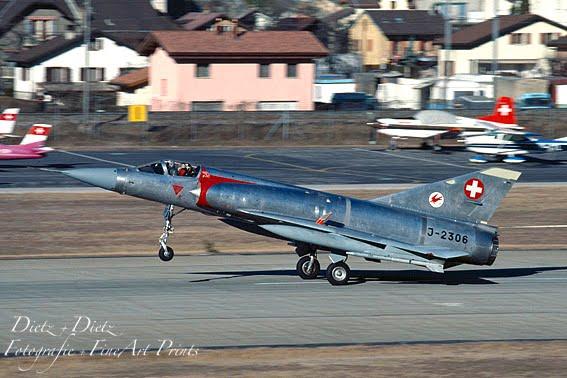 Landung der Mirage IIIS J-2306 in Sion - Januar 1990