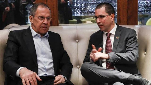 """Rusia, """"indignada"""" por sanciones de EEUU al canciller venezolano"""