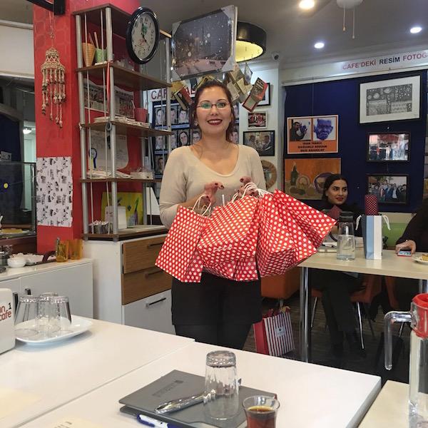 huzun sarisi ile hediyeleşme etkinliği 4 buluşması 14