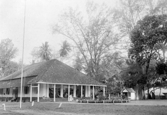 Cerita Tentang Kerajaan-Kerajaan, Di Pulau Selayar