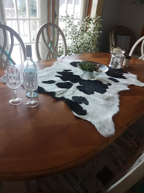 dining room table restored with cottage paint