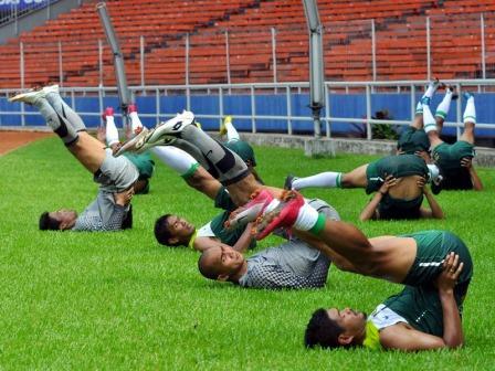 Training Zone (MHR) VS Exercise Until Vomiting