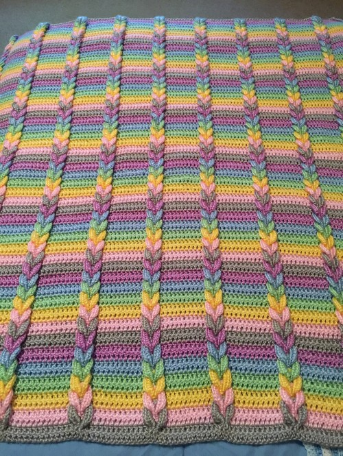 Pulled Taffy Blanket  - Free Crochet Pattern