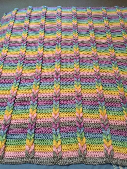 Pulled Taffy Blanket  - Free Crochet Pattern