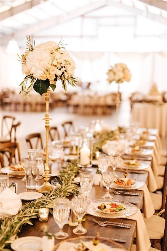 mesa decorada para boda de inspiracion griega chicanddeco