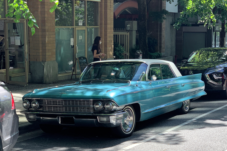 1962 Cadillac Sedan de Ville 01